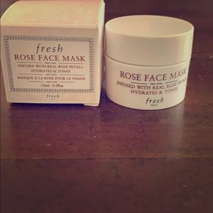 ROSE FACE MASK* real rose petals🌹🌹🌹🌹